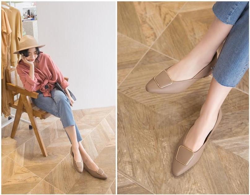 大地色款鑲金框包鞋,優雅有氣質,褲裝、裙裝都能搭。