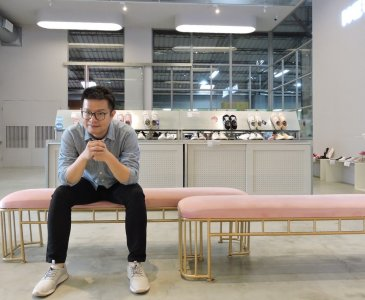 洪宋鴻帶領女鞋品牌FMshoes成功轉型,在中台灣打造第一間實體門市。